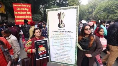Hindistan'da protestolar sürüyor - YENİ DELHİ