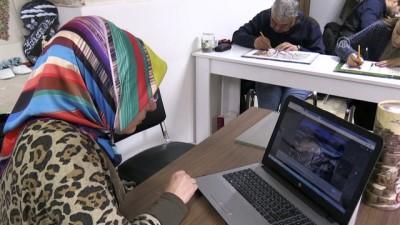 Kilis'te kursiyerler AA'nın 'Yılın Fotoğrafları' oylamasına katıldı