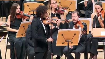 CRR Senfoni Orkestrası'ndan 'Kader Kapıyı Çalmıyor' konseri - İSTANBUL