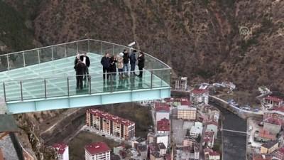 Gümüşhane'deki cam seyir terasının ziyaretçi sayısı 380 bini geçti