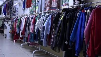 'İyilik Çarşısı' projesi kapsamında bir okul koridoru mağazaya çevrildi