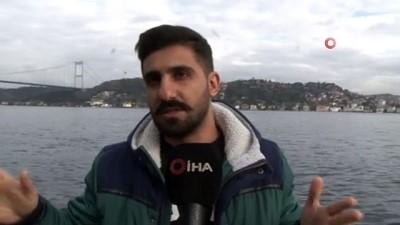İstanbul Boğazı'nda kıyıya çarpan yük gemisi bulunduğu yerden çekildi