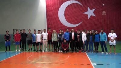 halk egitimi merkezi - Bitlisli gençler spor mülakatlarına, HEM kurslarında hazırlanıyor
