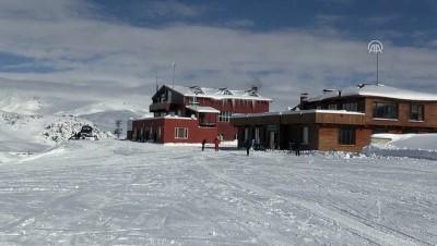 2 bin 800 rakımlı kayak merkezi sezonu açtı - HAKKARİ