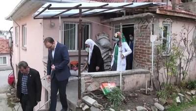90 yaşındaki kadın 2 katlı evini hastaneye bağışladı - MANİSA