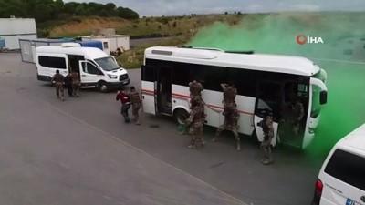 ozel harekat polisleri -  Araziye inen Özel Harekat Polislerinden nefes kesen tatbikat