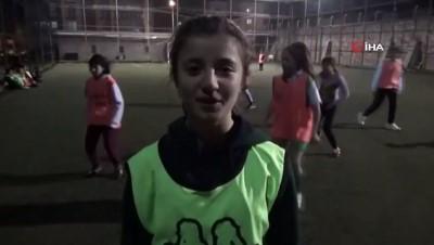 Bilecikspor Kız Futbol Takımından anlamlı Engelliler Günü mesajı