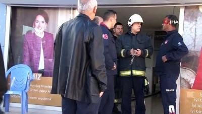 grup toplantisi -  İYİ Parti Antalya İl Başkanlığında yangın paniği