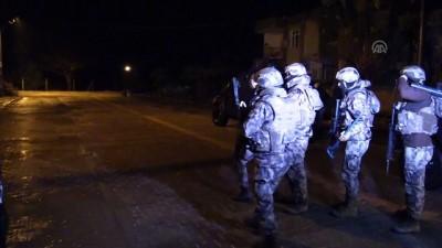 ozel harekat polisleri - DEAŞ'a yönelik operasyonda yabancı uyruklu 6 şüpheli yakalandı - ADANA