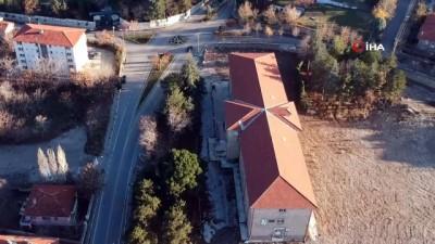 Fuhuş yapıldığı iddialarıyla gündeme gelen eski hastane binası madde bağımlıların mekanı oldu