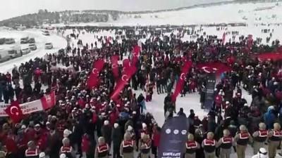 Kars Valisi Öksüz, gençliği ecdadının izinde yürümeye davet etti