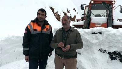 Tunceli'de kar kalınlığı 120 santimetreye ulaştı