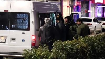 AK Parti İl Başkanlığı önünde şüpheli paket alarmı