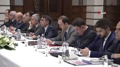 Cumhurbaşkanı Yardımcısı Oktay: 'Ülkemiz İş Yapma Kolaylığı Endeksi'nde geçtiğimiz sene 60'ıncı sıradan 43'üncü sıraya yükselerek en fazla ve etkili reformları yapan ülkeler arasına girdi'