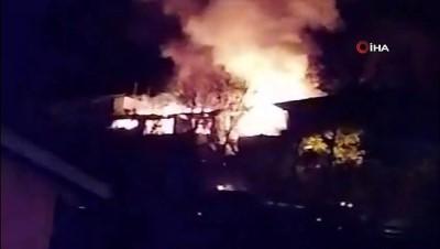 temizlik gorevlisi -  Zonguldak'ta ev yangınında mahalleli korku dolu anlar yaşadı
