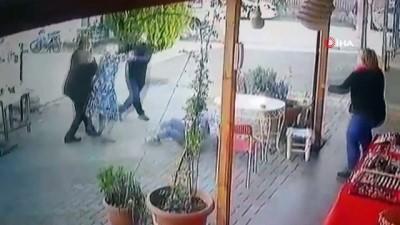 Öfkeli baba, kızını dövmekle suçladığı kız öğrenciyi böyle kovaladı