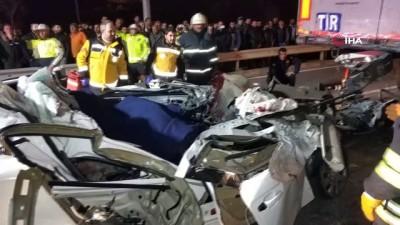 sanayi sitesi -  Samsun'da otomobilin tırın altına girdi: 1 ölü