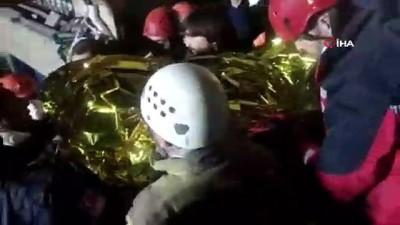 amator -  Enkazdan 9 saat sonra kurtarılan Mahmut Tayyip'in kurtarılma anları