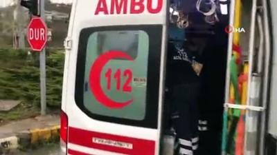 Düzce'de ambulans kazası 1 yaralı