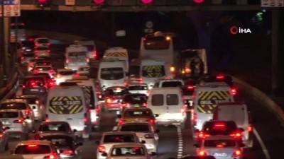 yolcu otobusu -  Otobüsün uyuşturucu taşıdığı ihbarı polisi alarma geçirdi