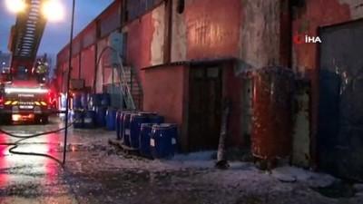 yangina mudahale -  Tuzla'da korkutan fabrika yangını