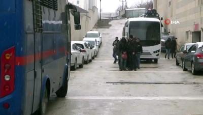 Elazığ'da sosyal medyadan PKK/KCK propagandasına 12 gözaltı
