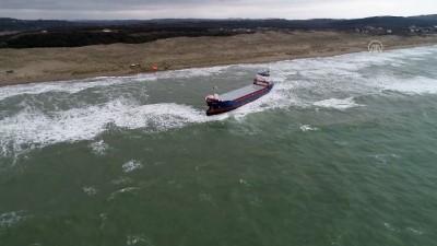 kurtarma ekibi - DRONE - Kuru yük gemisi karaya oturdu - KOCAELİ