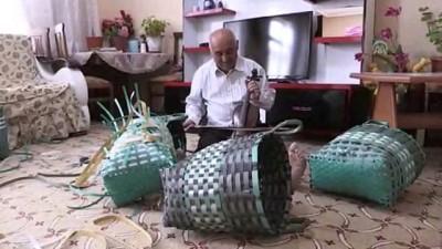 Ambalaj atıklarından 20 yıldır çanta yapıyor - KARAMAN