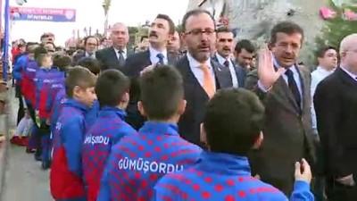 Bakan Kasapoğlu, Altınordu Kulübü Tesisleri'ni ziyaret etti - İZMİR