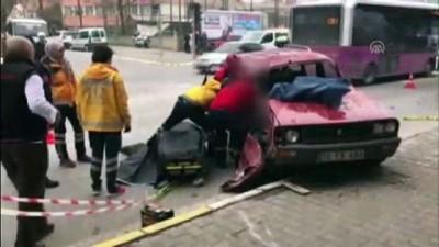 kamera - Balıkesir'de halk otobüsüyle otomobil çarpıştı: 1 ölü, 2 yaralı