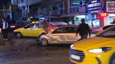 kamera - Başkentte trafik kazası: 2 yaralı