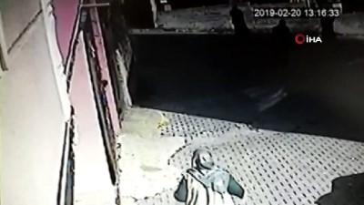 kamera -  Büyükçekmece'de apartmanda meydana gelen patlama kamerada