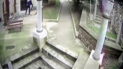 kamera - Fatih'te hırsızlık zanlısı yakalandı - İSTANBUL