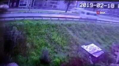 kamera -  Köpeğe çarpmamak için direksiyonu kırmıştı...1 kişinin can verdiği kaza kamerada