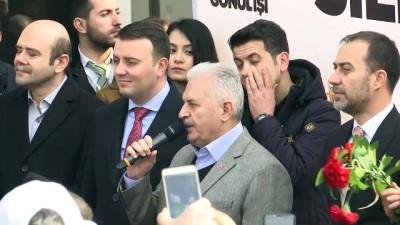 Binali Yıldırım Silivri'de AK Parti İlçe Teşkilatı'nı ziyaret etti (1) - İSTANBUL