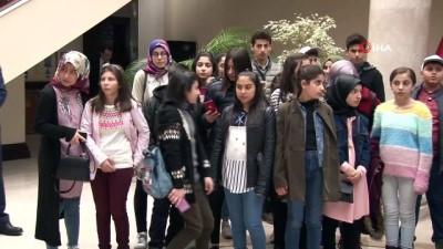 bolat -  Erzurumlu çocuklar valiyi ziyaret etti
