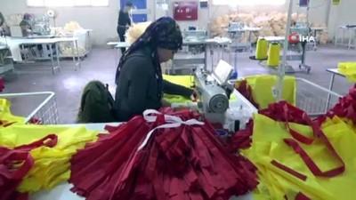 Bu fabrikada hem iş öğreniyorlar hemde çalışma fırsatı buluyorla