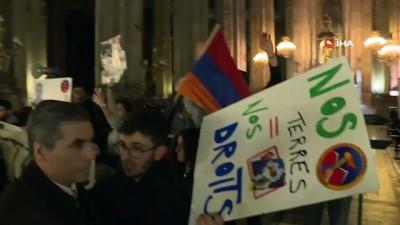 - Paris'te Hocalı Katliamı anma etkinliğine Ermenilerden saldırı
