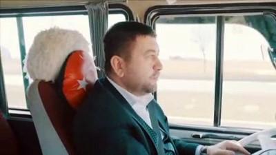 Başkan adayı minibüs şoförlüğü yaparak seçmenleri dinledi - AFYONKARAHİSAR