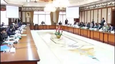 Pakistan Başbakanı İmran Han başkanlığında bakanlar kurulu toplandı - İSLAMABAD