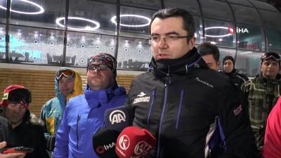 Erzurum protokolü Palandöken'de gece kayağı yaptı