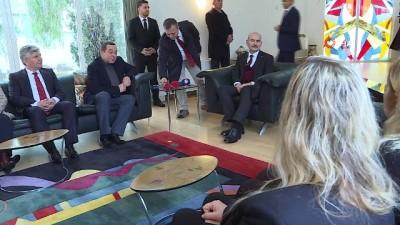 anit mezar -  - İçişleri Bakanı Soylu'dan Denktaş Ailesine Taziye Ziyareti