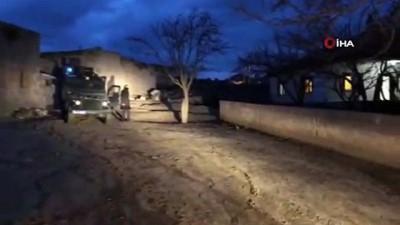 Polis ve jandarmadan silah kaçakçılarına operasyon