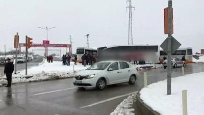 yolcu otobusu - Malatya'da iki otobüs çarpıştı: 10 yaralı