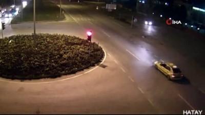 Aşırı hız kazaları beraberinde getirdi...Kazalar kamerada