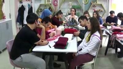 Engelli öğrencilerden Suriyeli çocuklara yardım - AMASYA