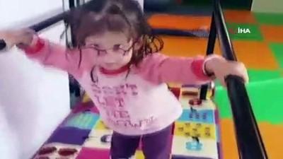 Küçük kızın yürümek için ettiği dua yürekleri dağladı