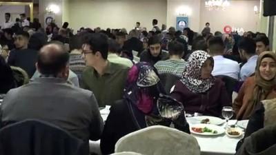 kutsal topraklar -  Umre'den gelen öğrenciler yemekte buluştu