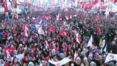 Cumhurbaşkanı Erdoğan: 'Kelimeler, harfler, düşünceler, tabelalar üzerindeki baskıları bir daha geri gelmemek üzere biz kaldırdık' - HAKKARİ