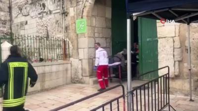 - İsrail Karakolunda Yangın Çıktı, Mescid-i Aksa'nın Kapıları Kapatıldı - İbadet Edenler Darp Edilerek Dışarı Çıkartıldı